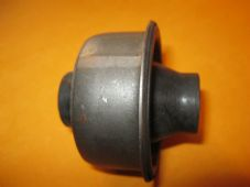 VAUXHALL ASTRA,CALIBRA,CAVALIER NEW FRONT WISHBONE REAR BUSH - PB30